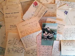 Släktled har med hjälp av gamla brev kunnat släktforska fram ättlingar till emigranter.